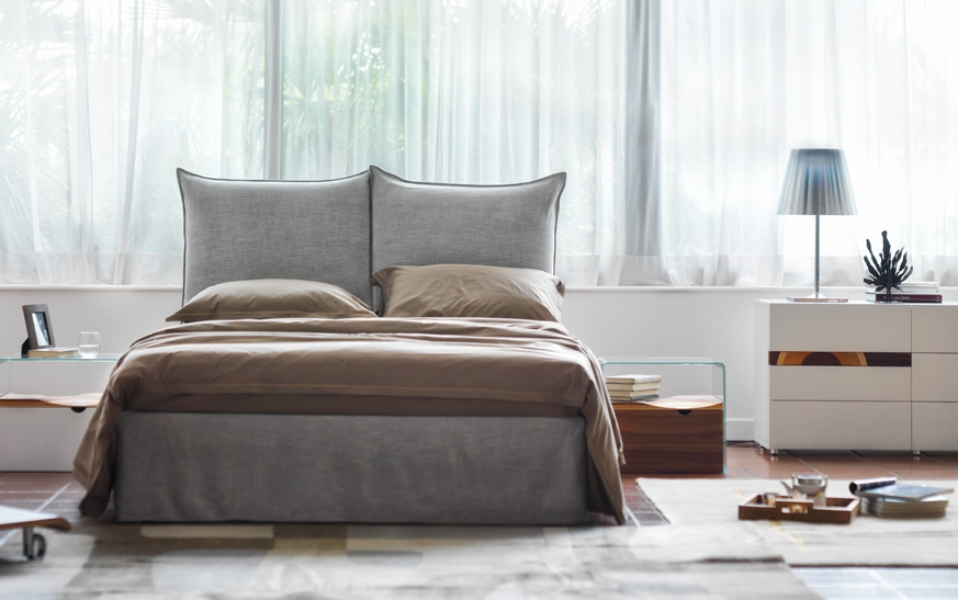 Milos grigio bed in a bedroom