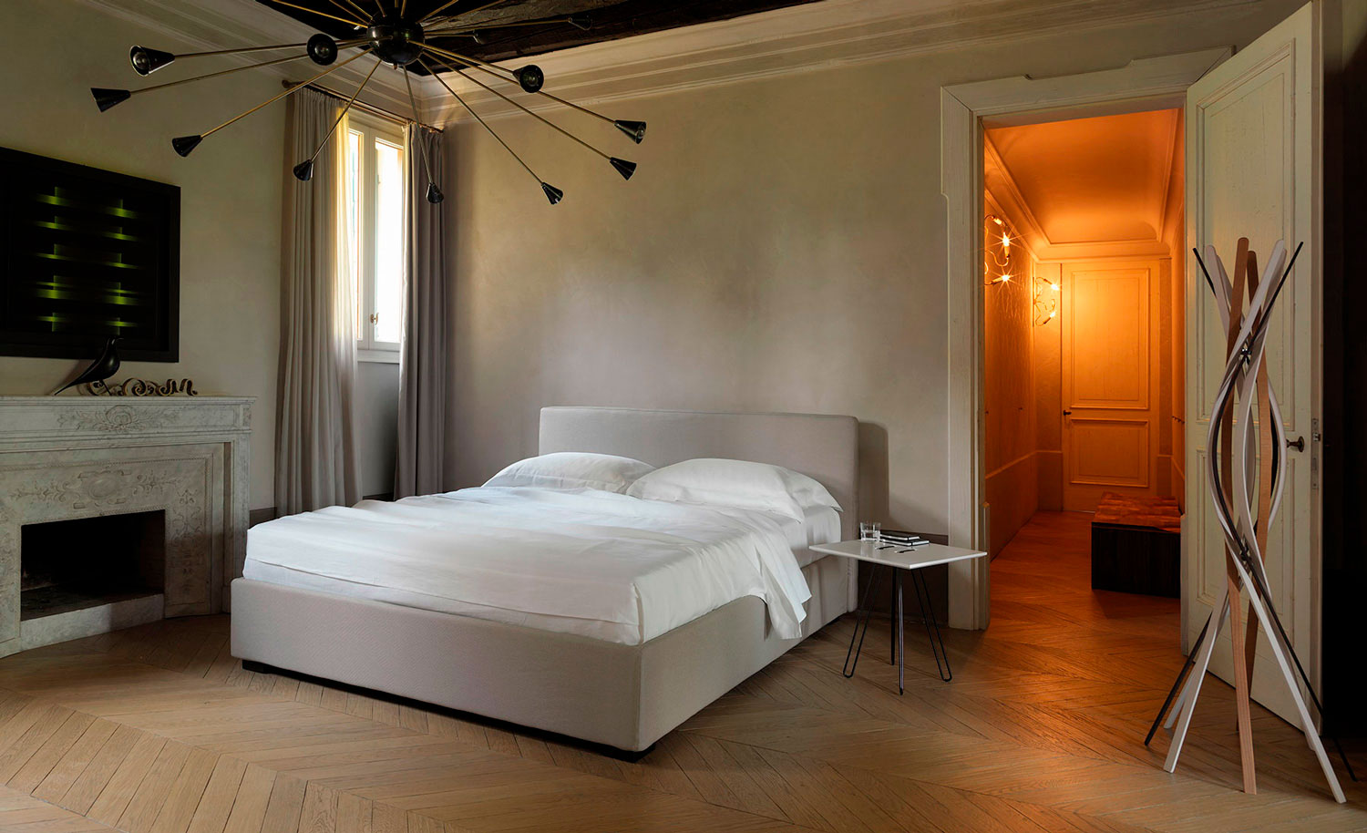 Lipari Plus bed in a bedroom