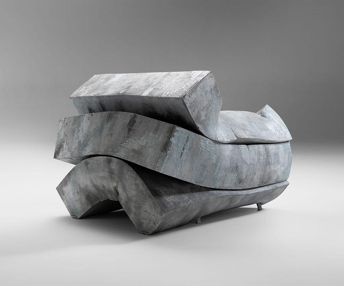Mass Pressure armchair