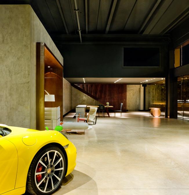 Showroom Porsche